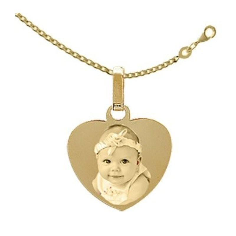 Médaille Coeur Plaqué or avec la chaine.