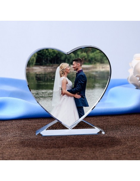 Impression de votre photo en couleur sur une plaque de cristal en forme de cœur.