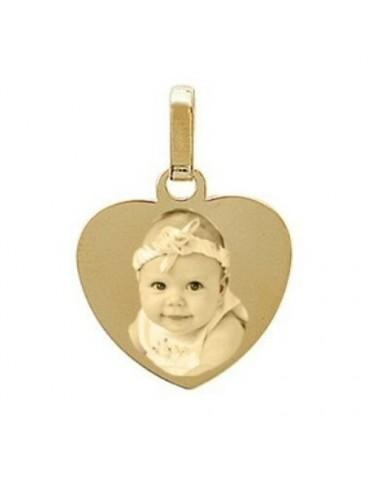 Gravure photo sur un pendentif coeur Plaqué or